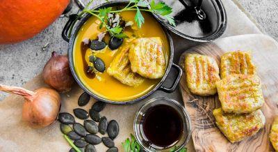 Kürbissuppe mit Budwig Gnocchi