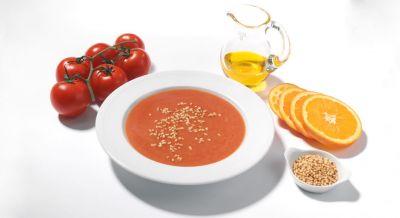 Orangen-Tomatensuppe